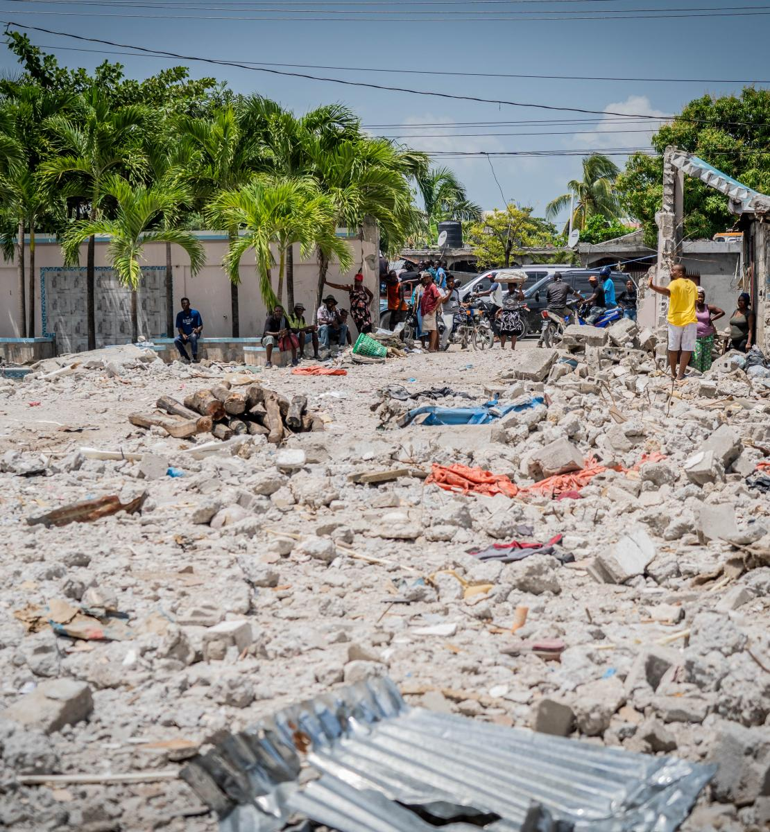 The rubble of where Le Manguier Hotel used to stand in Les Cayes. UNOCHA/Matteo Minasi